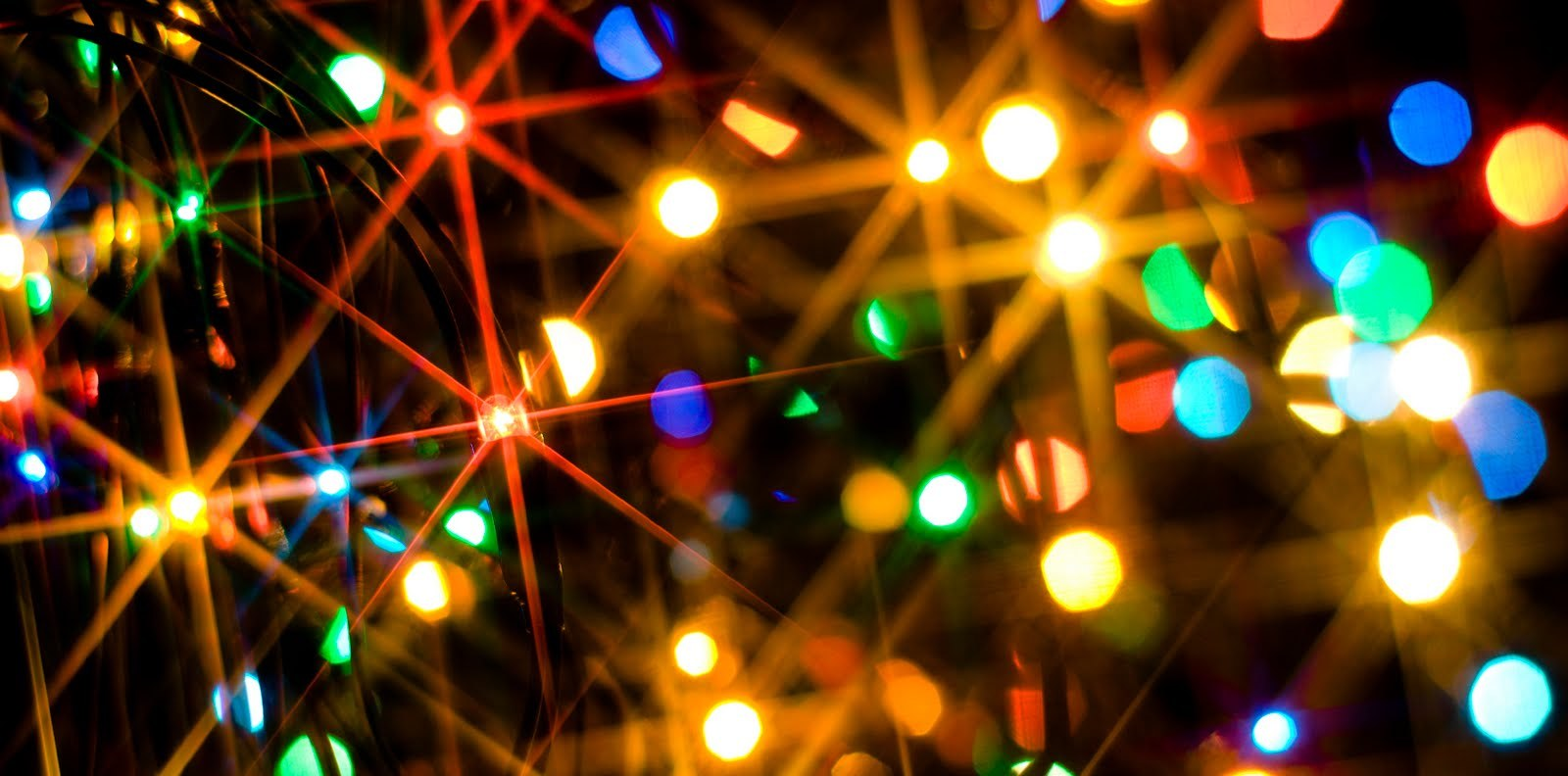 Are LED Christmas Lights Really a Better Option?