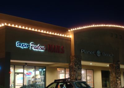 Strip Mall Perimeter Holiday Lighting